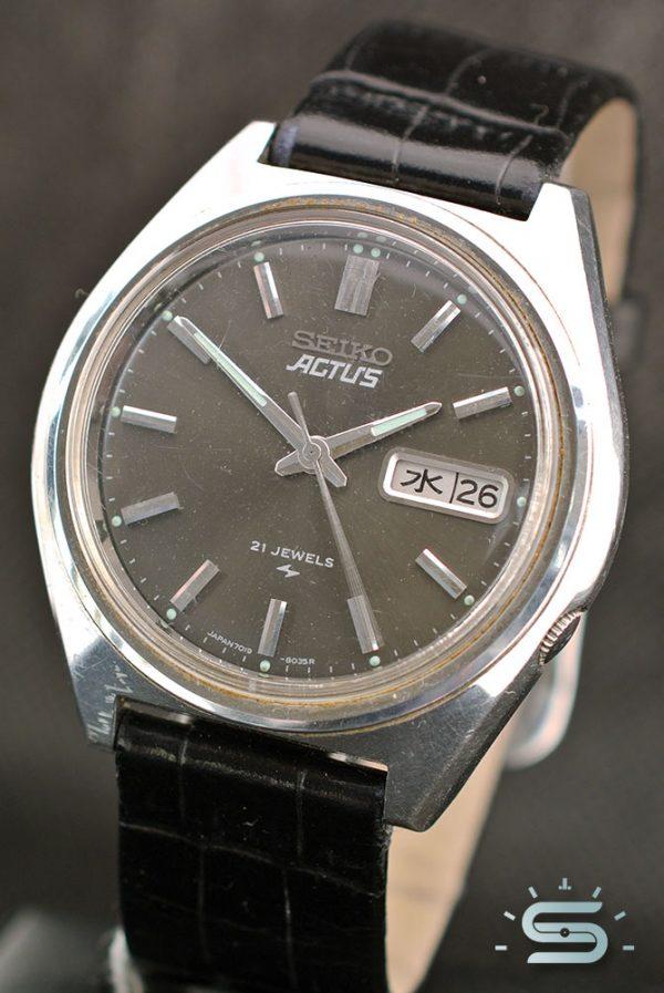 Seiko Actus 7019-8010